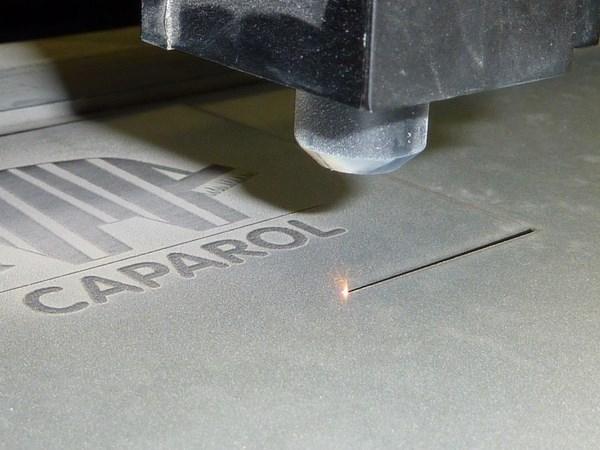 slide_about_Lasergravur_5